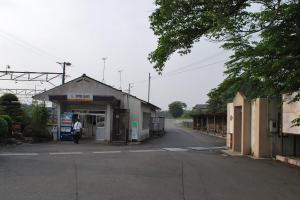 H230604 0657 伊勢治田駅