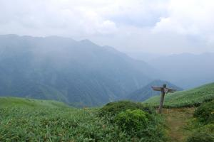H240811 1227 蓬‐清水峠の銃走路との分岐