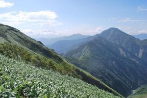 H240908 0915 中ノ岳方面